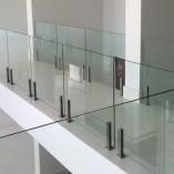 onde-encontro-guarda-corpo-de-vidro-temperado